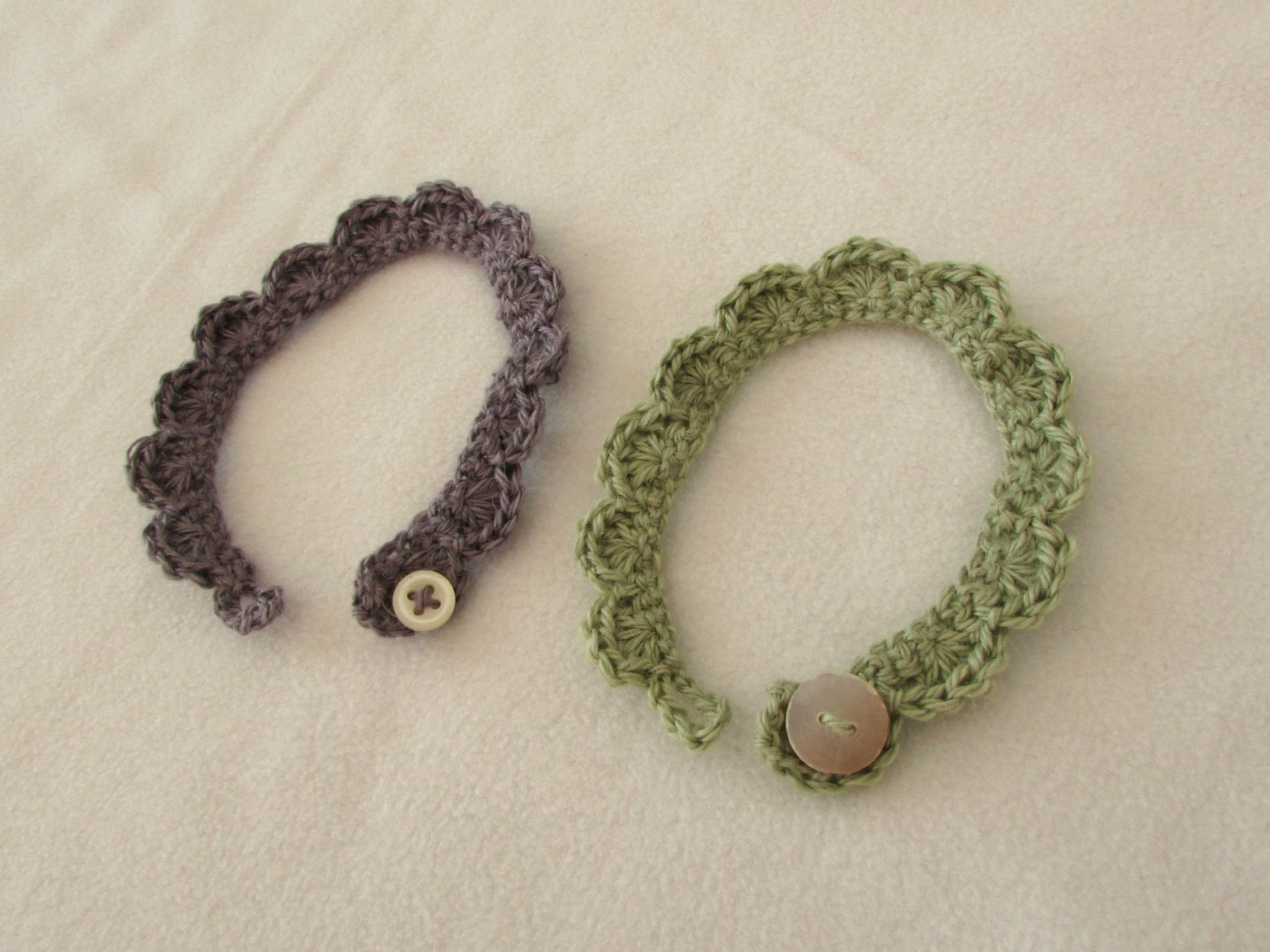 How to crochet dainty shell stitch bracelets for beginners