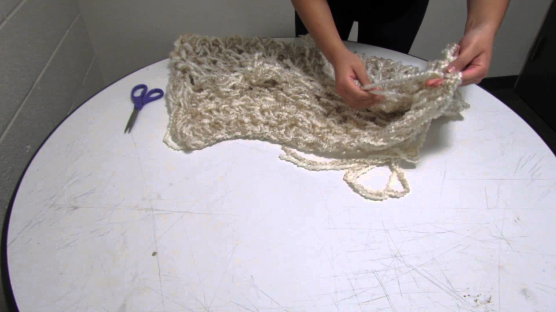 Arm Knitting: An Infinity Scarf