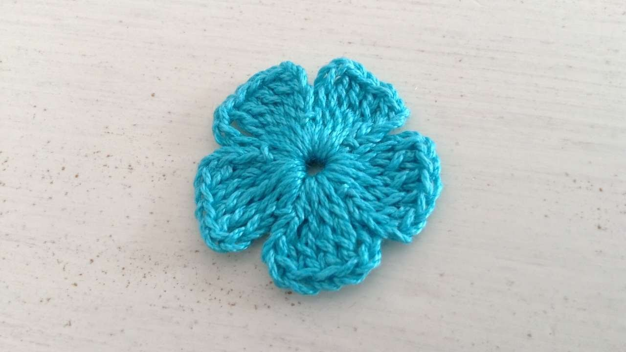 How To Crochet A 5 Petal Flower - DIY Crafts Tutorial - Guidecentral