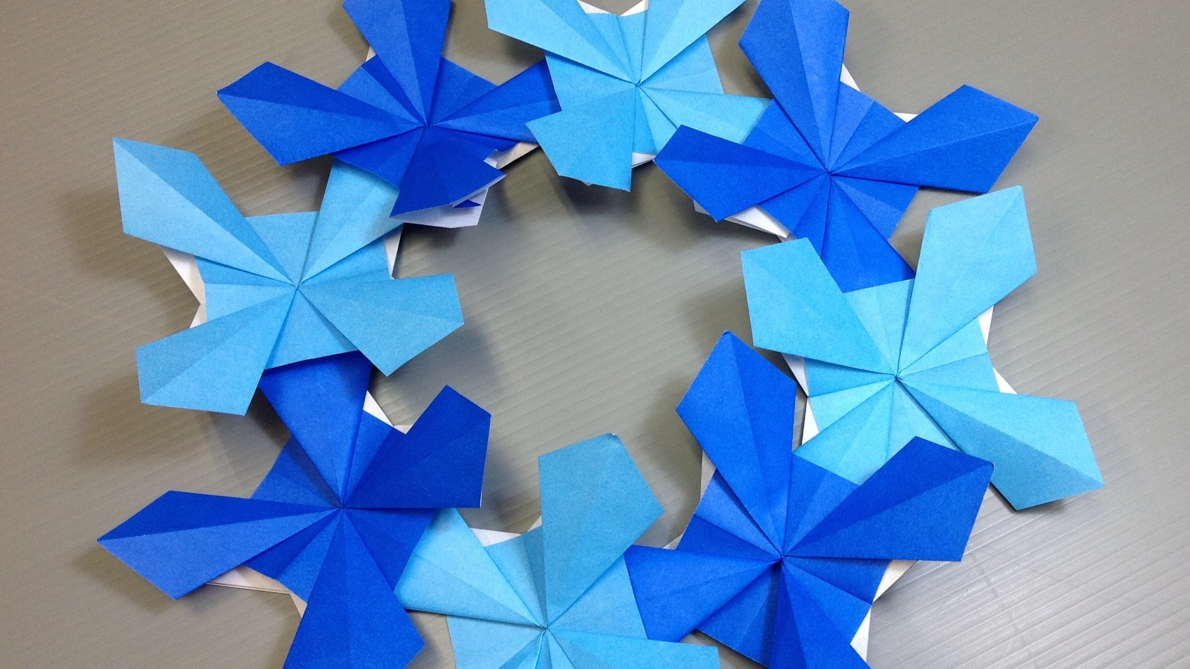 Origami Corn Flower Wreath or Coaster for Spring!