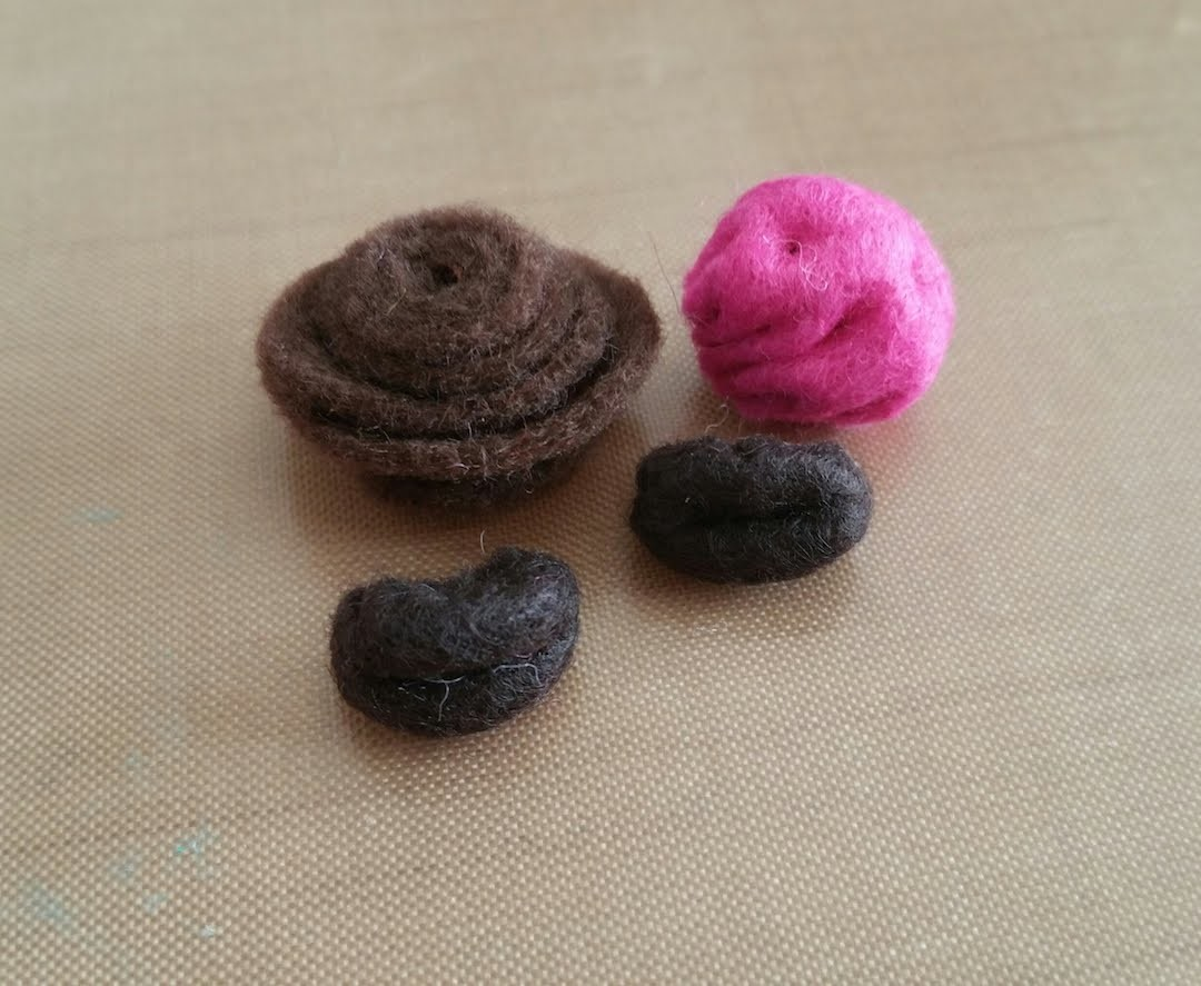 Felt Macaroon Coin Purse Tutorial part 2