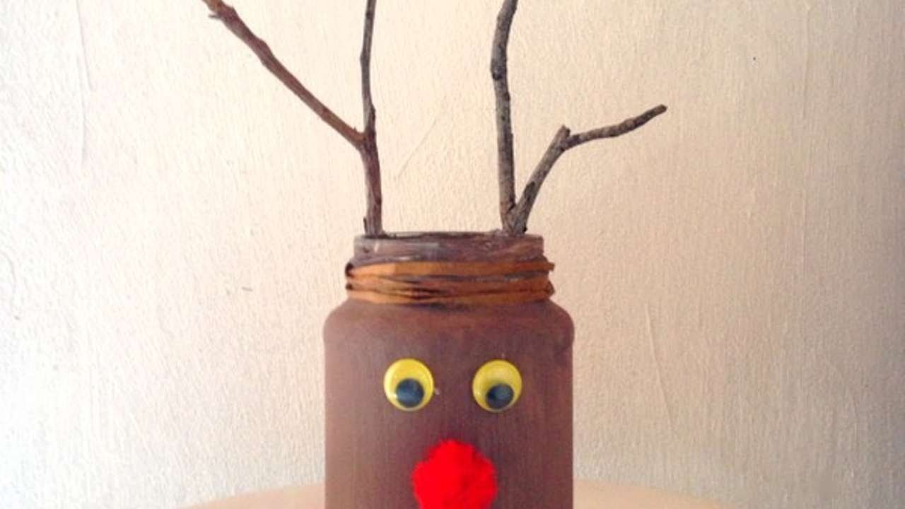 How To Make A Cute Reindeer Candle Holder For Xmas - DIY Crafts Tutorial - Guidecentral