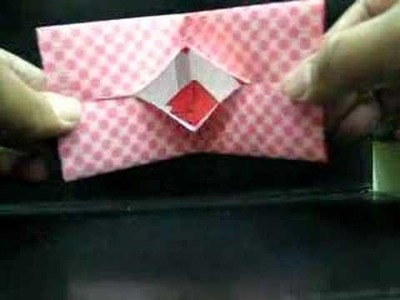 Origami Hot Lips