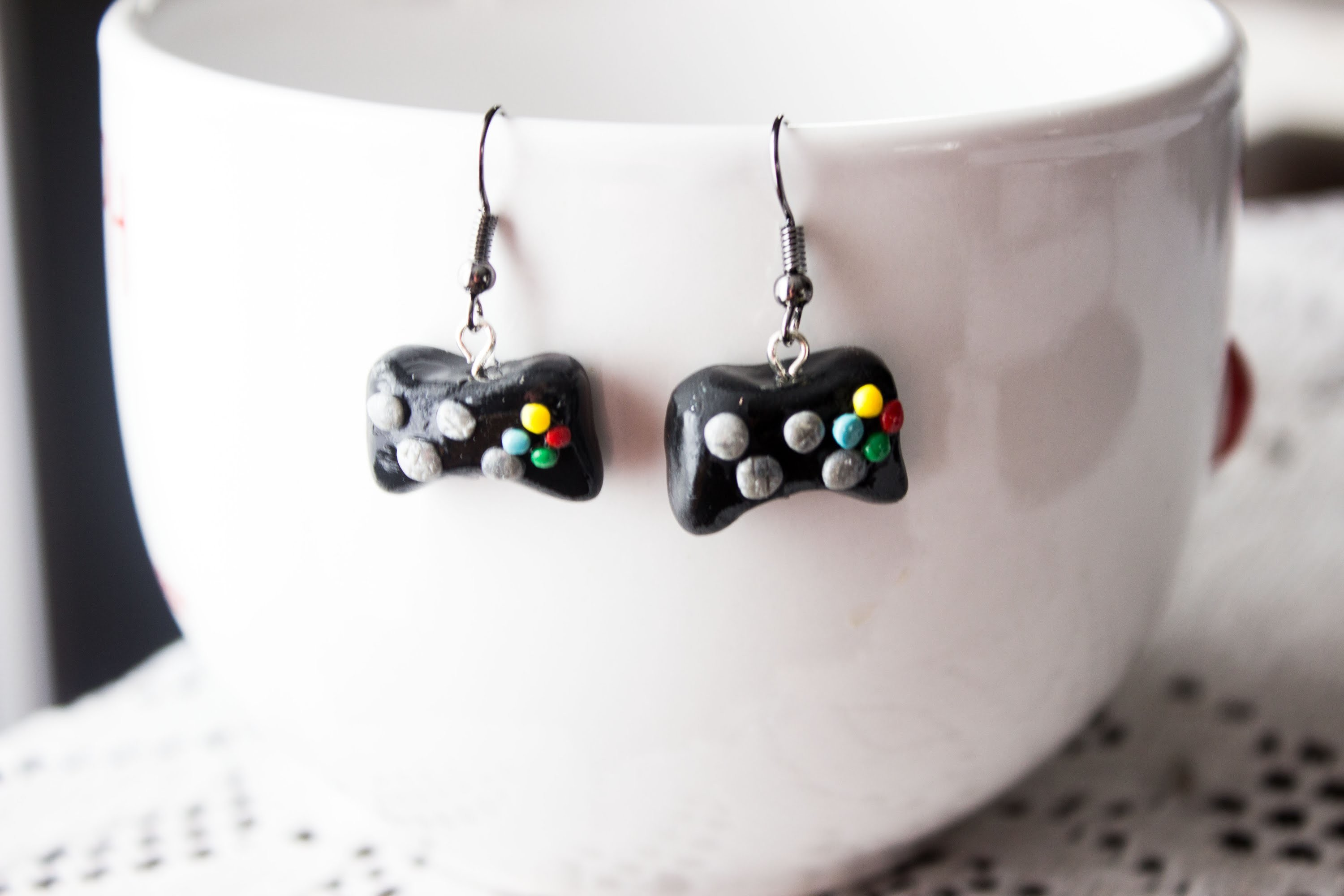 DIY : Xbox 360 Earrings.keychain.charm