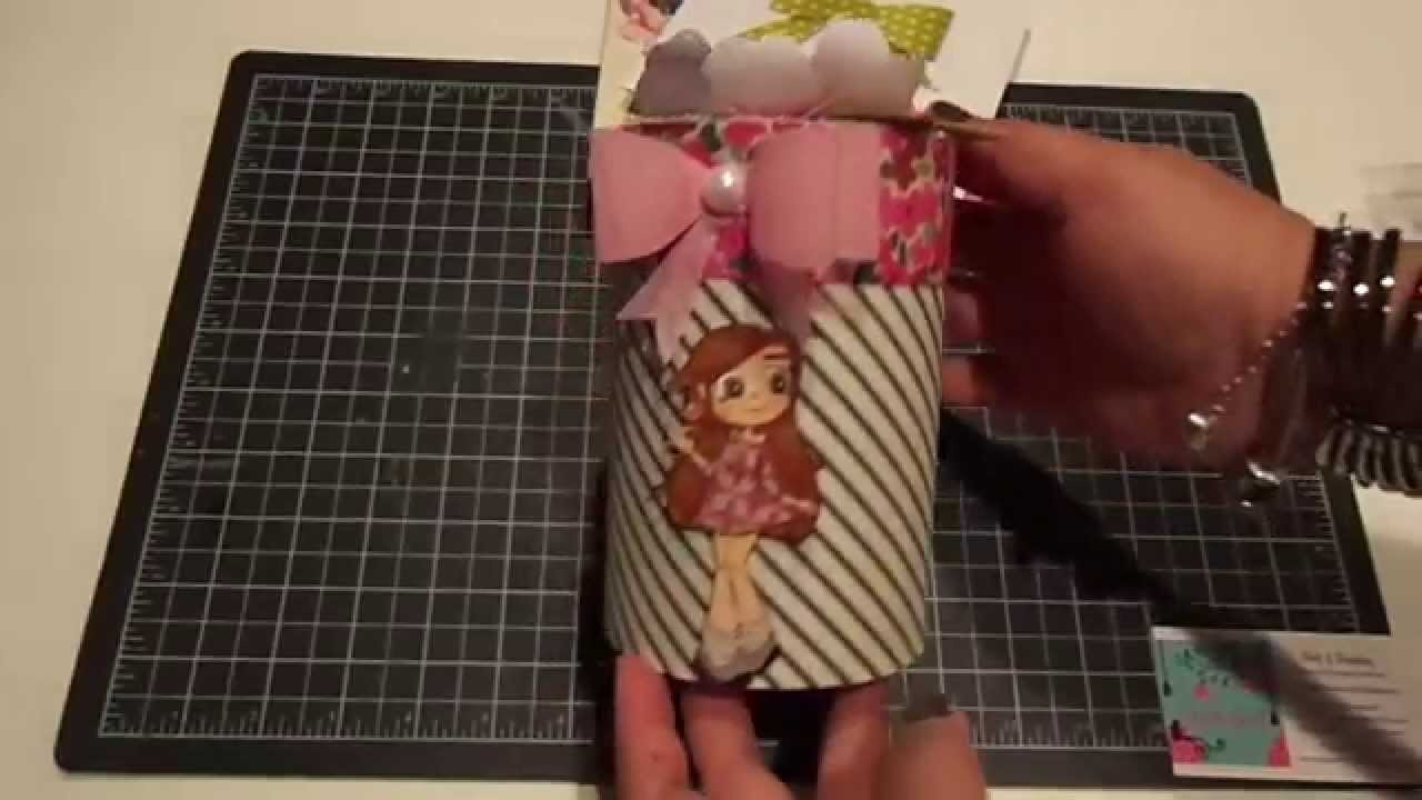 Pretty Petals Handmade Circle Gift Box