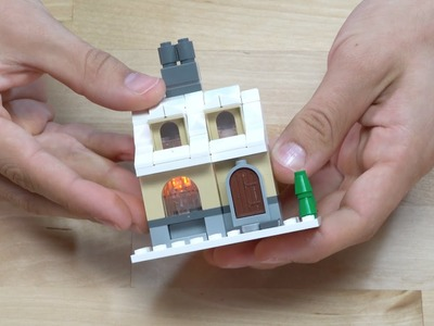 LEGO® Creator - How to Build a Miniature House - DIY Holiday Building Tips