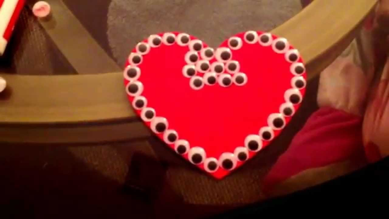 Valentine's Day (Easy DIY Wall Art)