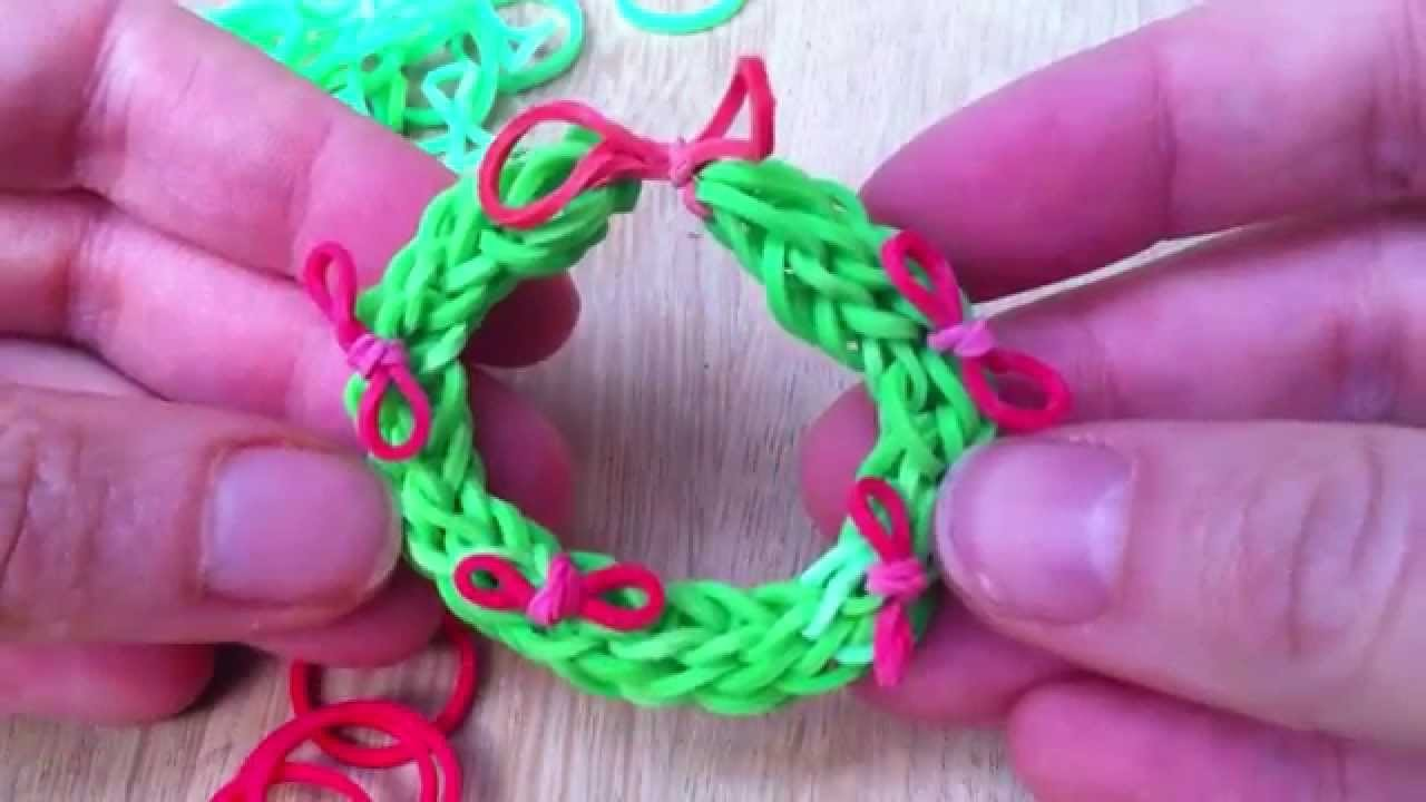 Christmas Wreath Rainbow Loom Finger Looming