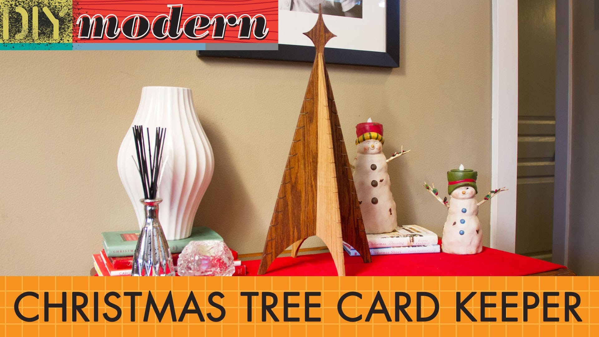 DIY: Make a modern Christmas Tree Card Keeper