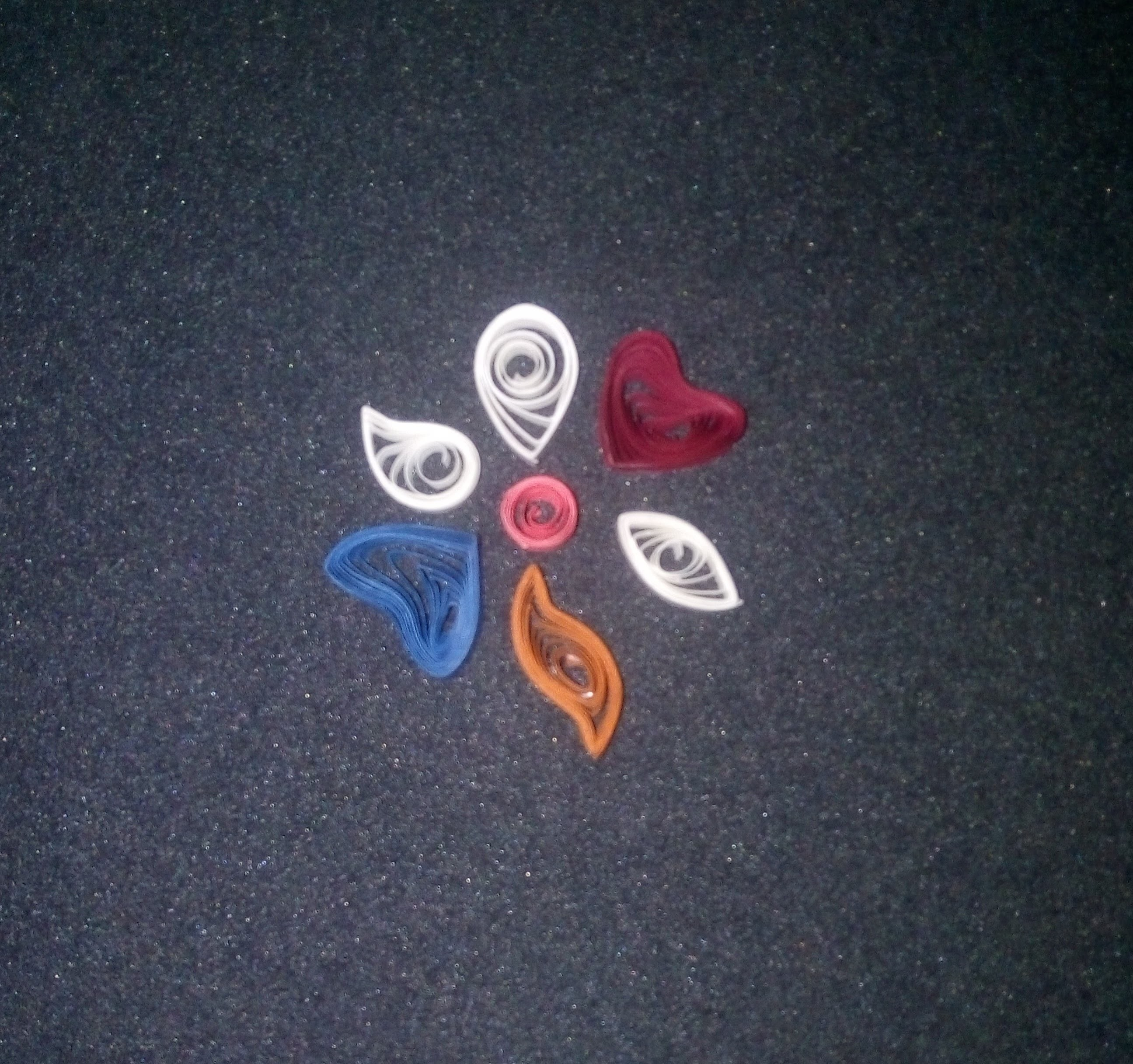 Beginners Tutorial: Quilling basic shapes! :)