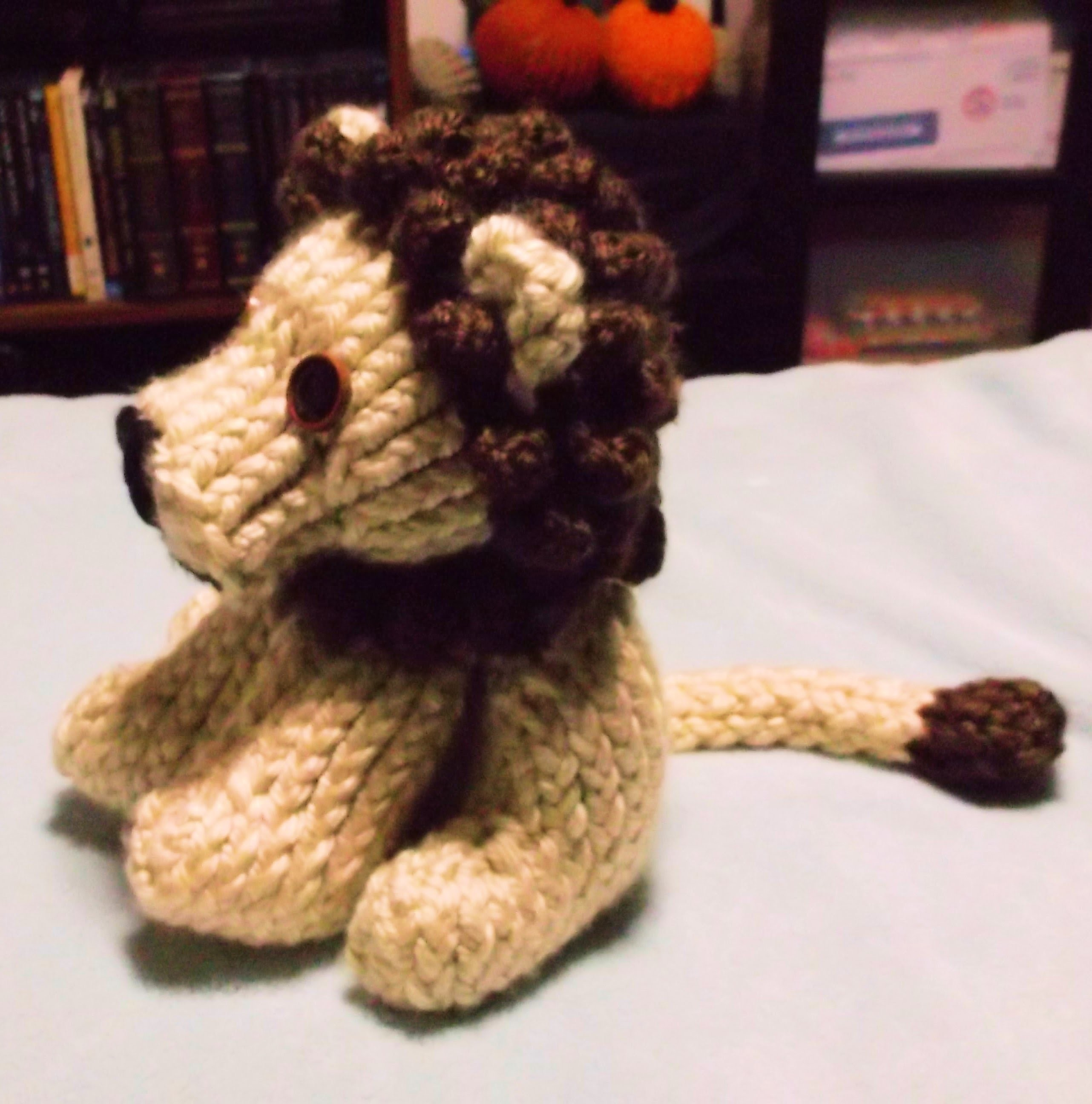 How to Loom Knit a Lion Part 2