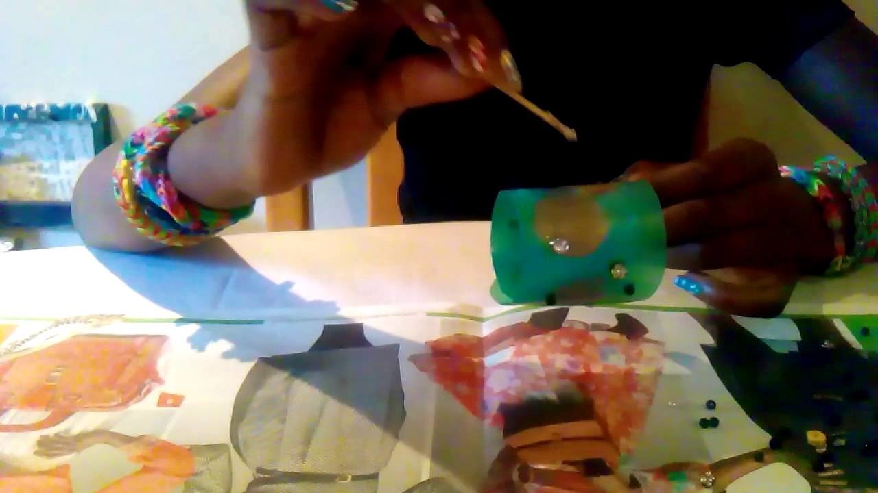 Tara's weekly tutorial decorating plastic bottles