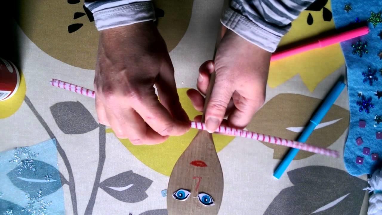 Elsa inspired spoon puppet tutorial