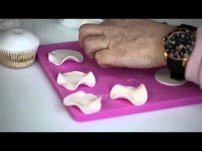 Flower Cupcake Tutorial by Melcakes.ch