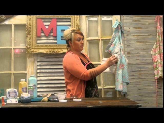 How to Apply Madame Butterfly Illuminating Powders | Chalk Paint Tutorial