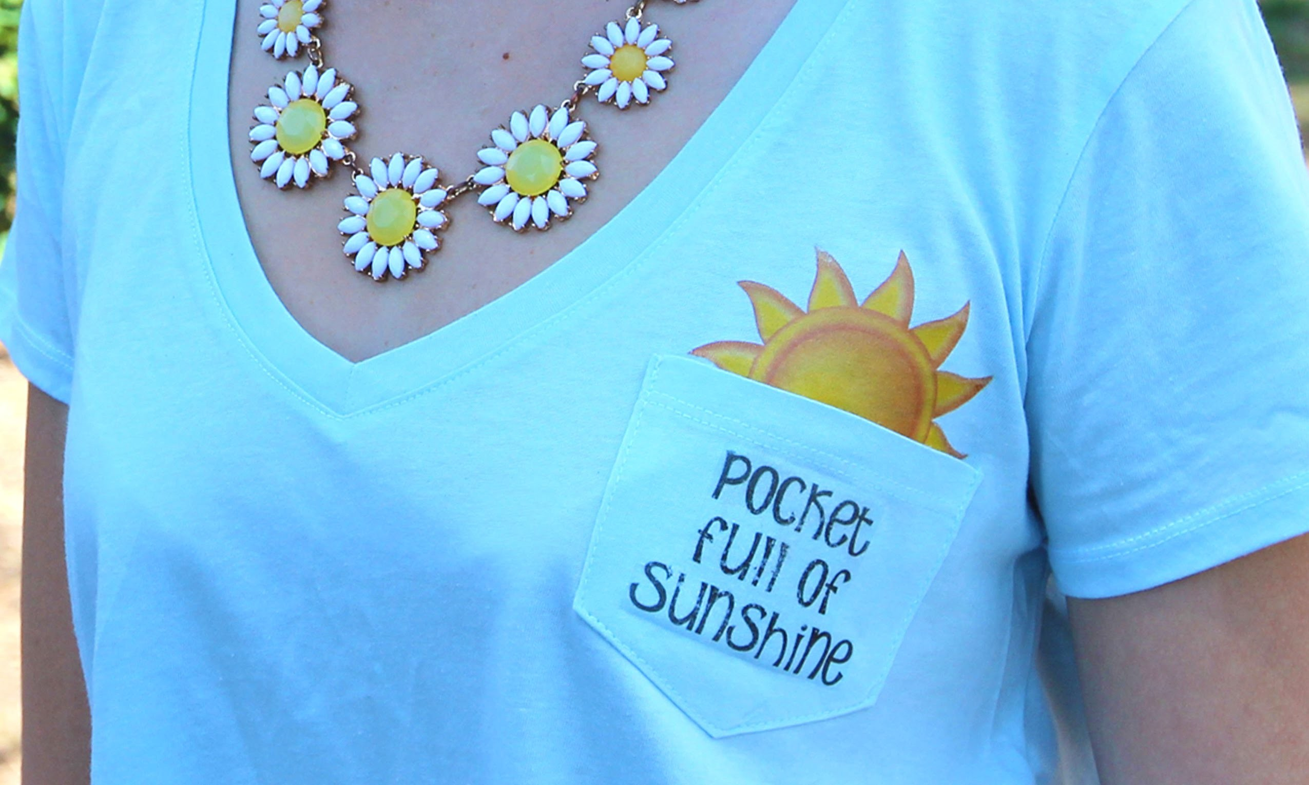 DIY Pocket Full of Sunshine T-Shirt || Lucykiins
