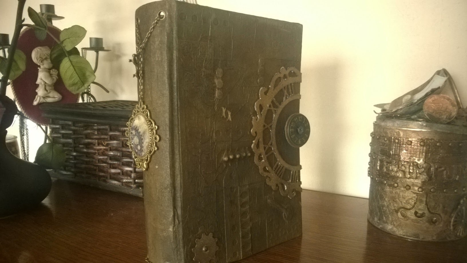 Steampunk book. box cover tutorial
