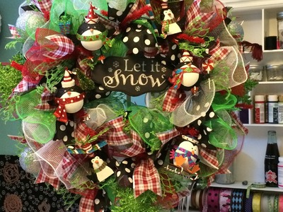 Deco Mesh Ruffle Wreath Tutorial