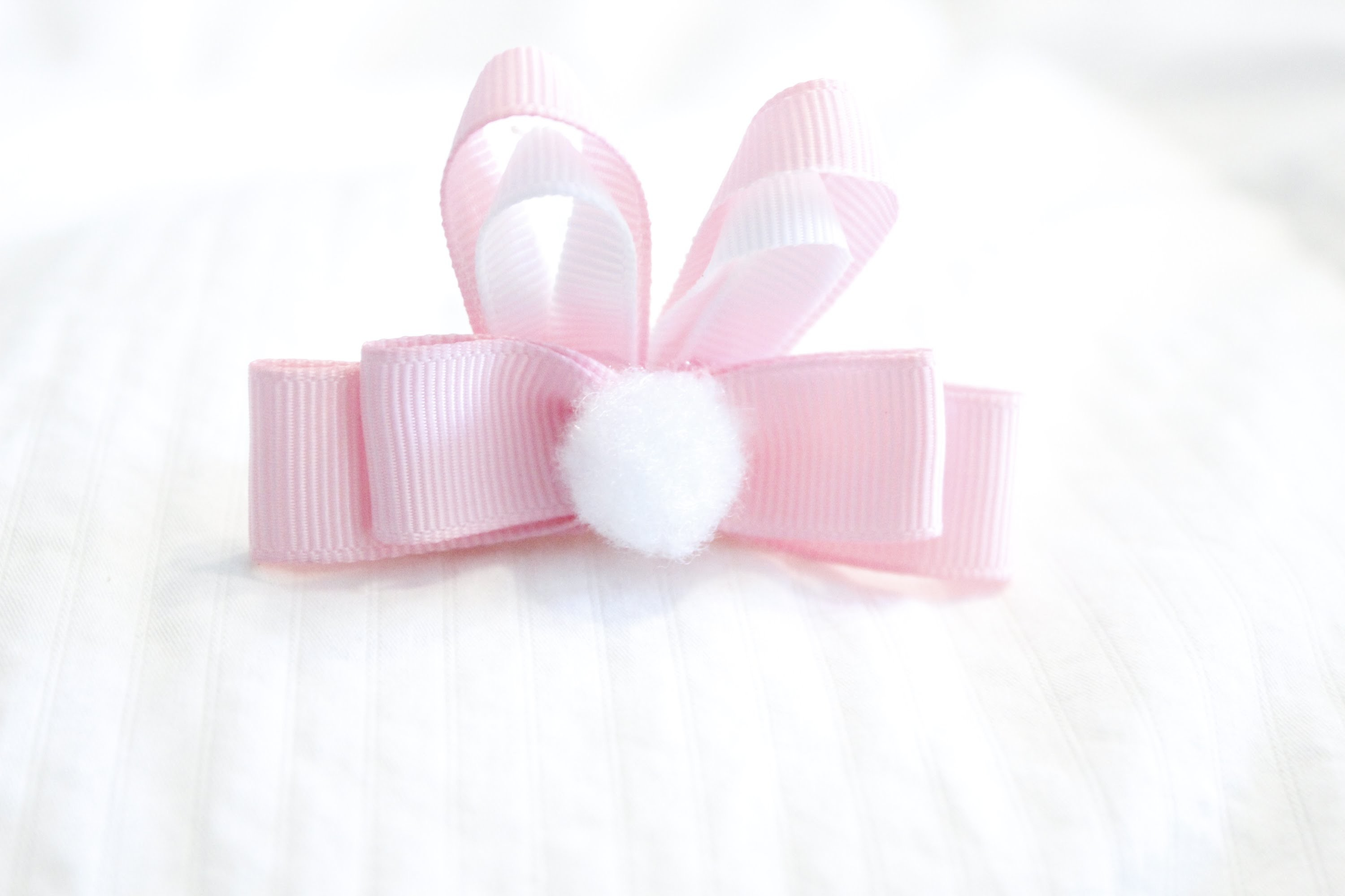 EASTER BUNNY HAIR BOW TUTORIAL