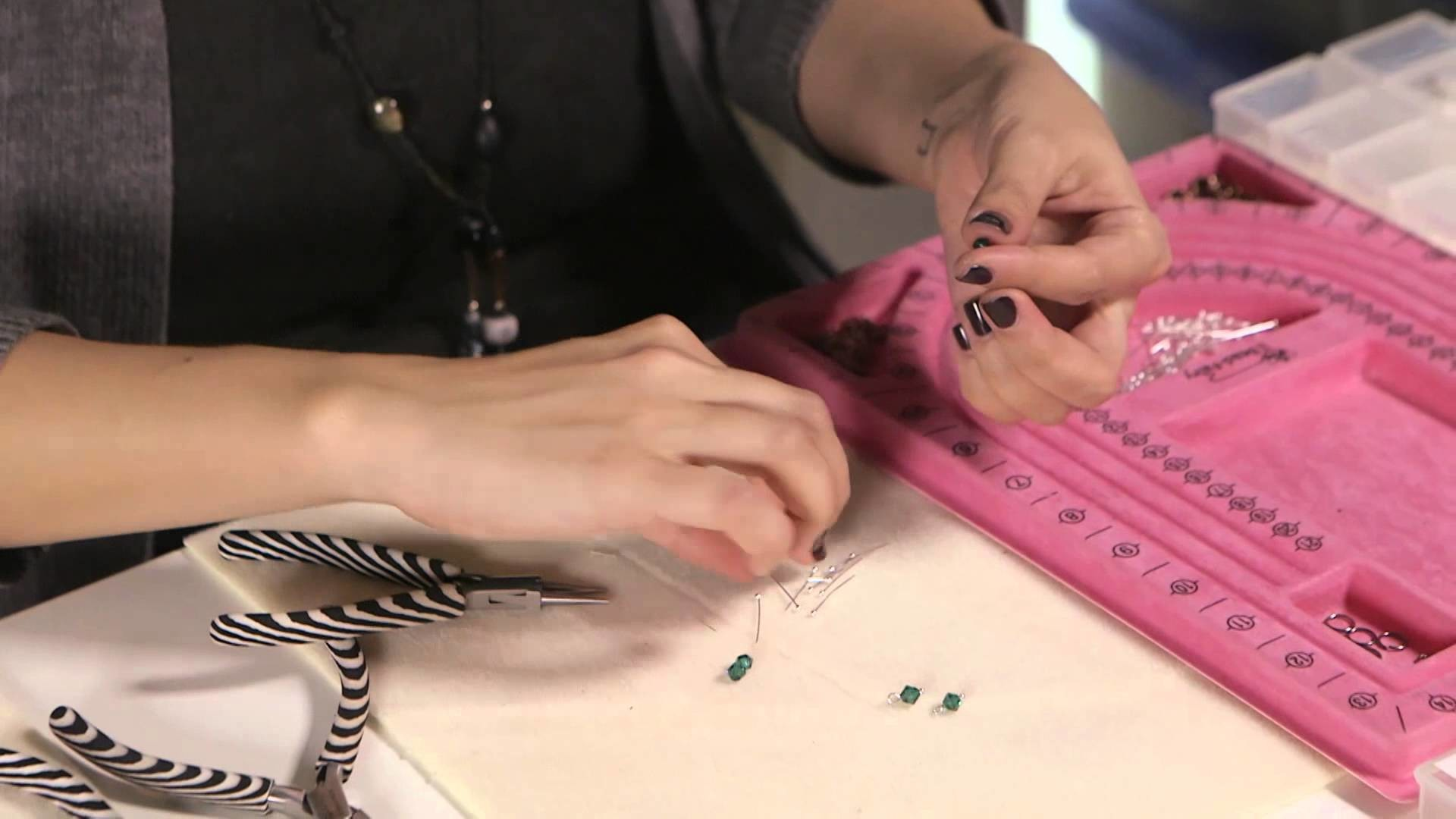 How to create a bling ring - step by step tutorial on how to make a bling ring