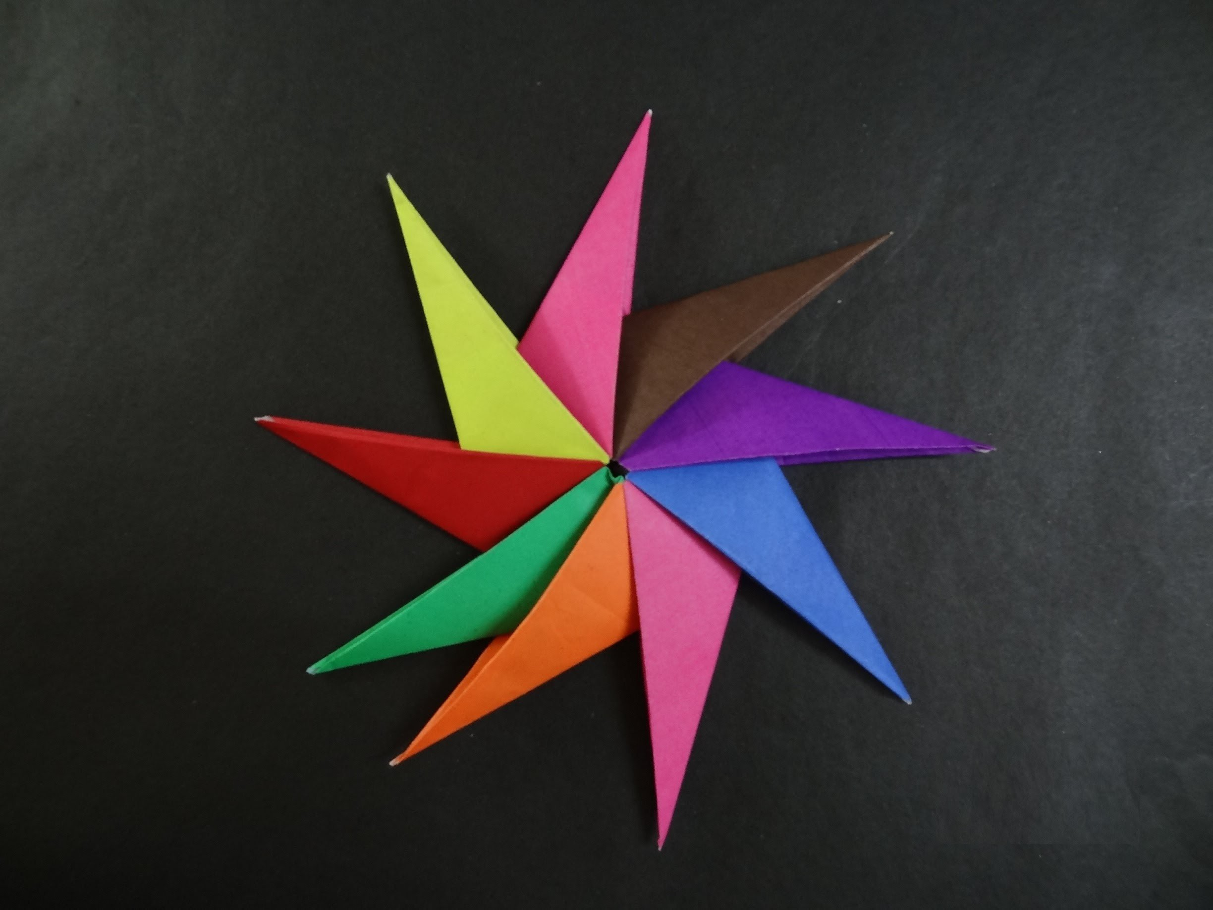 Origami Star Tutorial - How to fold an Origami Spinning Star