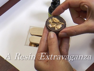 Artbeads Mini Tutorial - A Resin Extravaganza with Becky Nunn