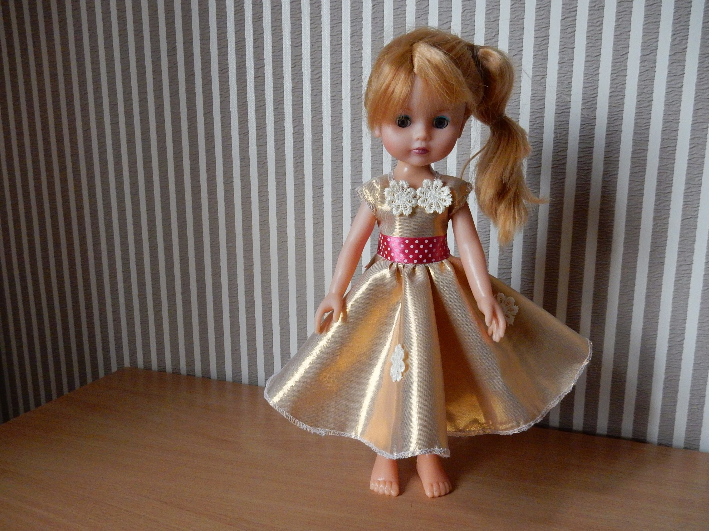 How to Make a Doll Dress tutorial Clothing for dolls