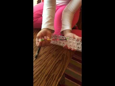 How to Make a Wonder Loom Bracelet Tutorial by a 7yr old (Part 3)