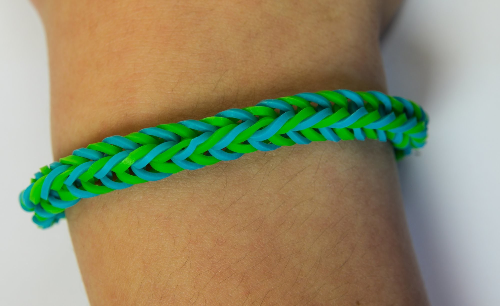 Loom Bands CZ - Beginners Bracelet - Tutorial