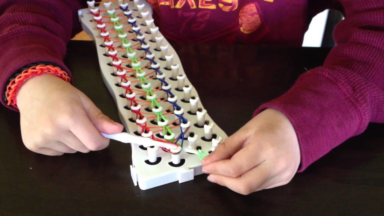 Graham's triple single fun loom bracelet tutorial - March 2014