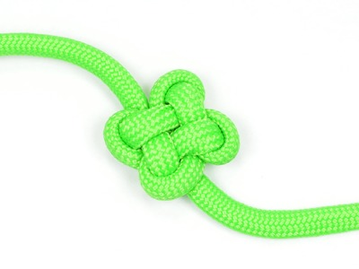 How to make a Clover Knot - BoredParacord.com
