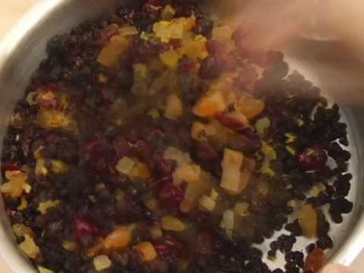 How to Make a Fruitcake
