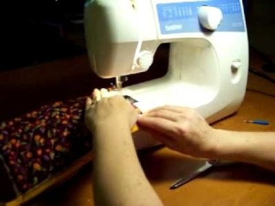 How to Sew a Cosmetic Bag-6 of 9