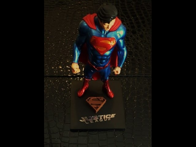 DIY: How To Make Superman (Man Of Steel) Chocolate