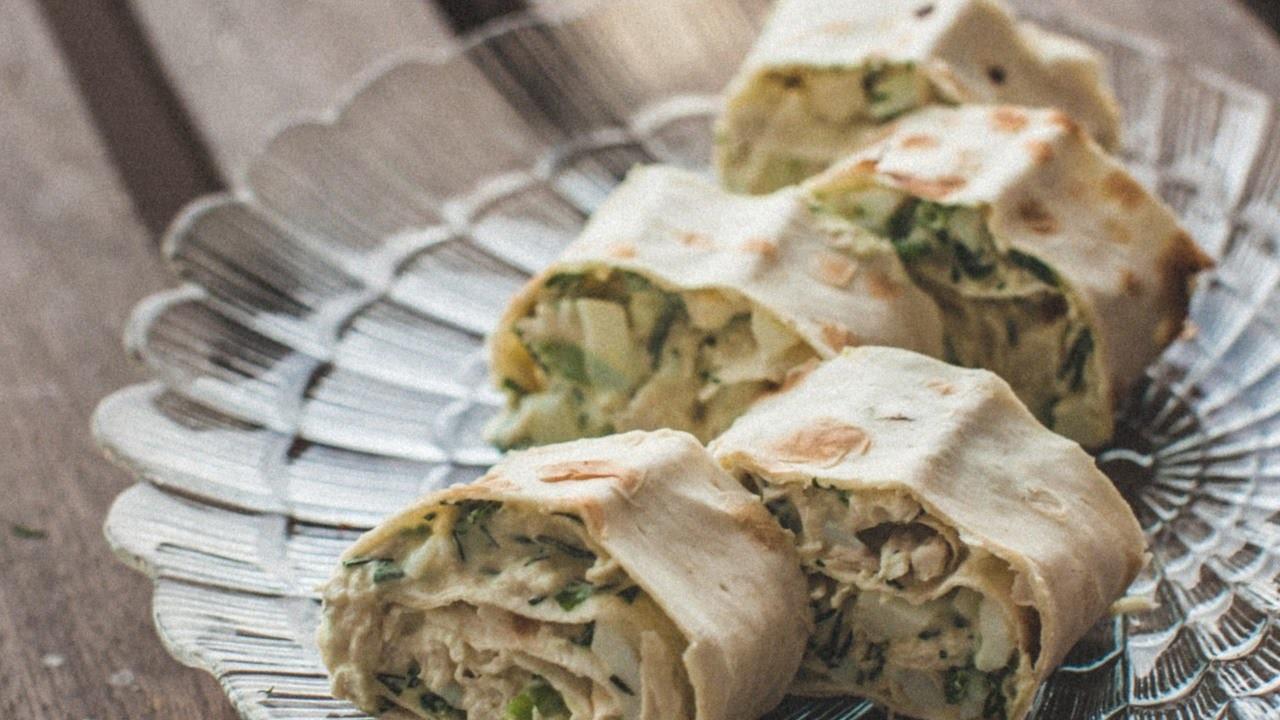 Make aTasty Chicken Pita Roll - DIY Food & Drinks - Guidecentral