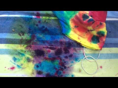 Bird Reviews: DIY Tye Dye Shirts and Pillowcases