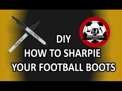 DIY - How to transform your football boots using a Sharpie