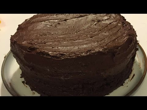 How To Make The Best Fudge Chocolate Cake - DIY Crafts Tutorial - Guidecentral
