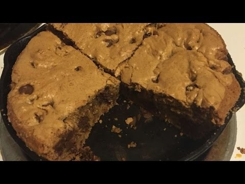 How To Bake A Browned Butter Chocolate Chip Skillet Cookie - DIY Crafts Tutorial - Guidecentral