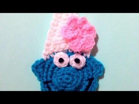 How To Crochet A Cute Vanity Smurf Applique - DIY Crafts Tutorial - Guidecentral
