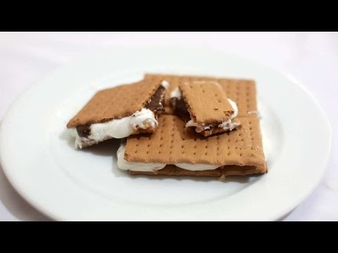 How To Make A Gooey Choco-Nutty S'more - DIY Crafts Tutorial - Guidecentral