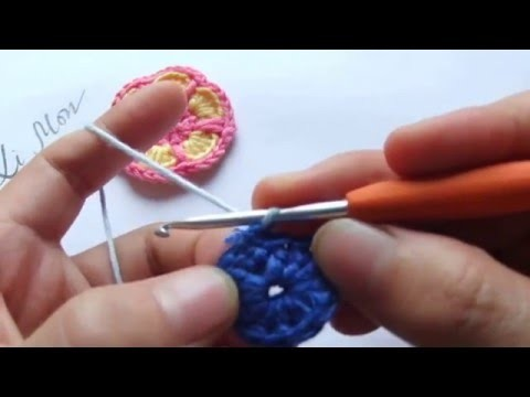 Crochet tutorial: How to crochet a flower for beginners step by step