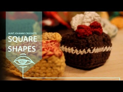 Introduction to crochet  amigurumi   square plushies