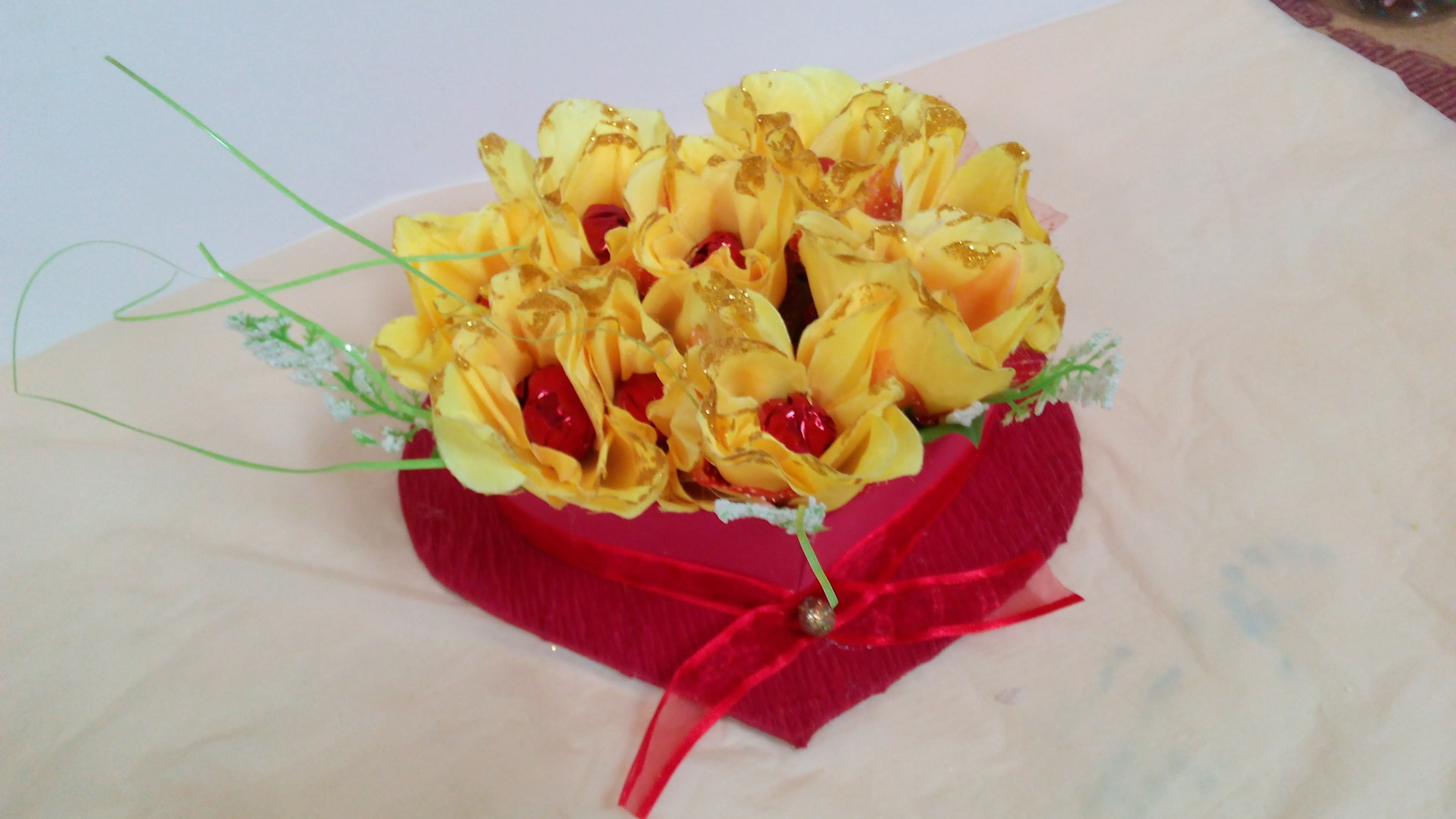 How to Make a Chocolate Flower Bouquet - Valentine's Gift Idea -  Floral Valentine Heart Bouquet !