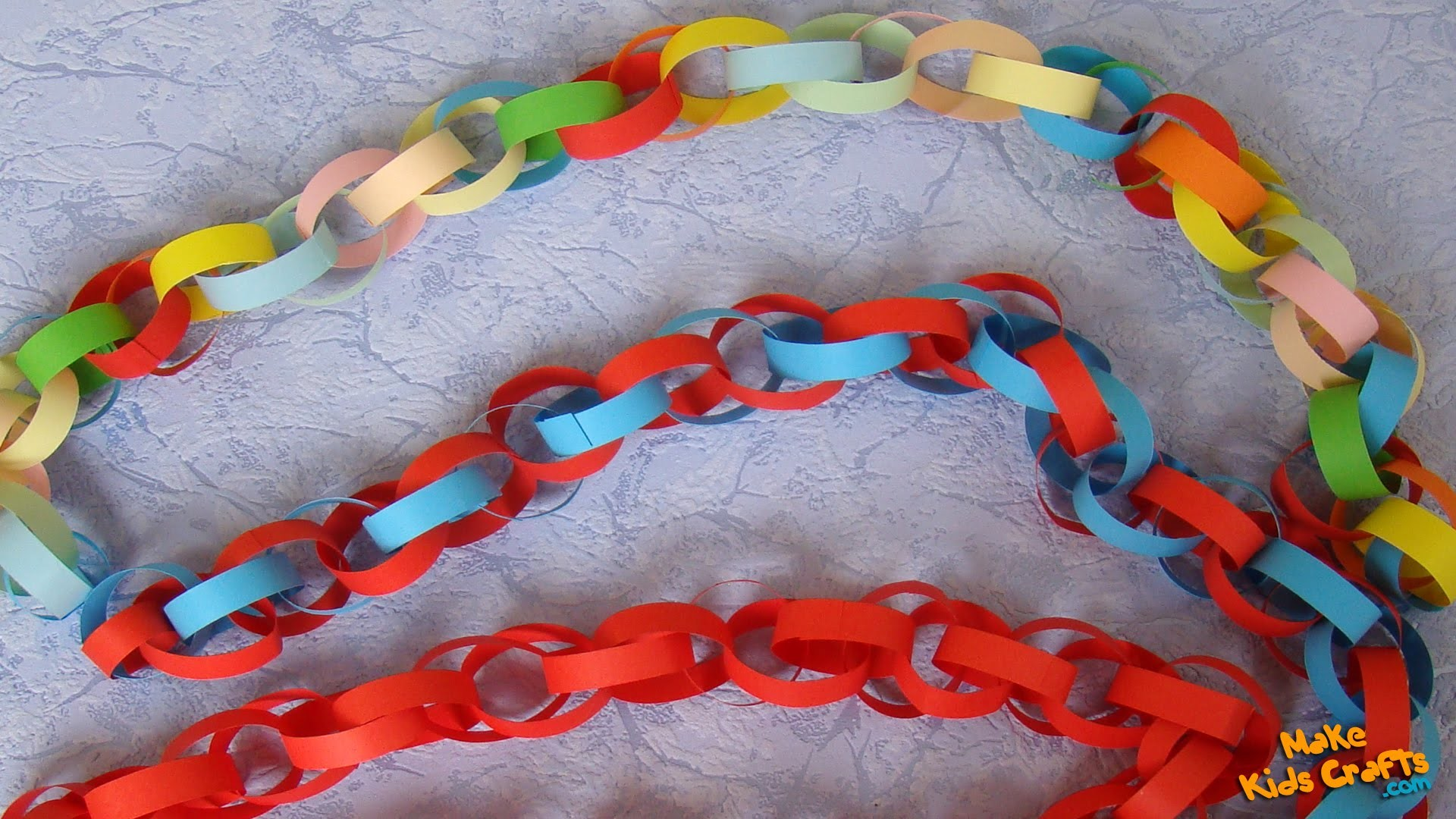 How to make a Christmas Paper Chain?