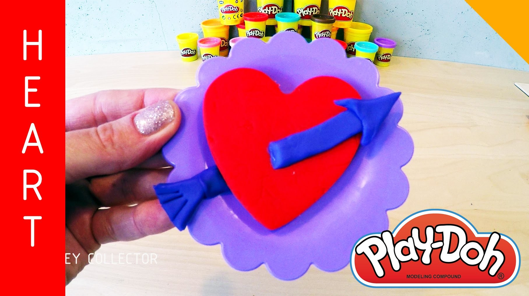 The heart pierced by an arrow - how to make a cake for Christmas with Play-Doh?