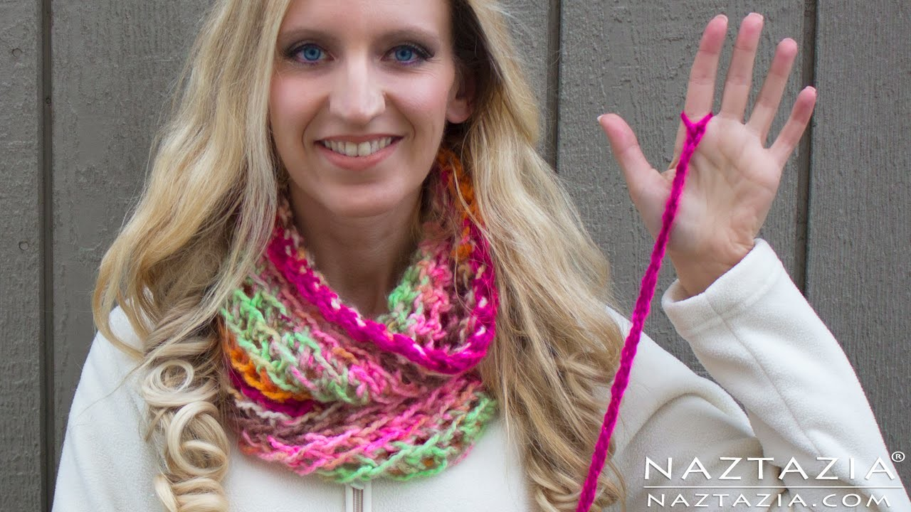 DIY Tutorial - Left Hand - How to Finger Crochet Very Easy Simple Infinity Scarf Cowl Beginners