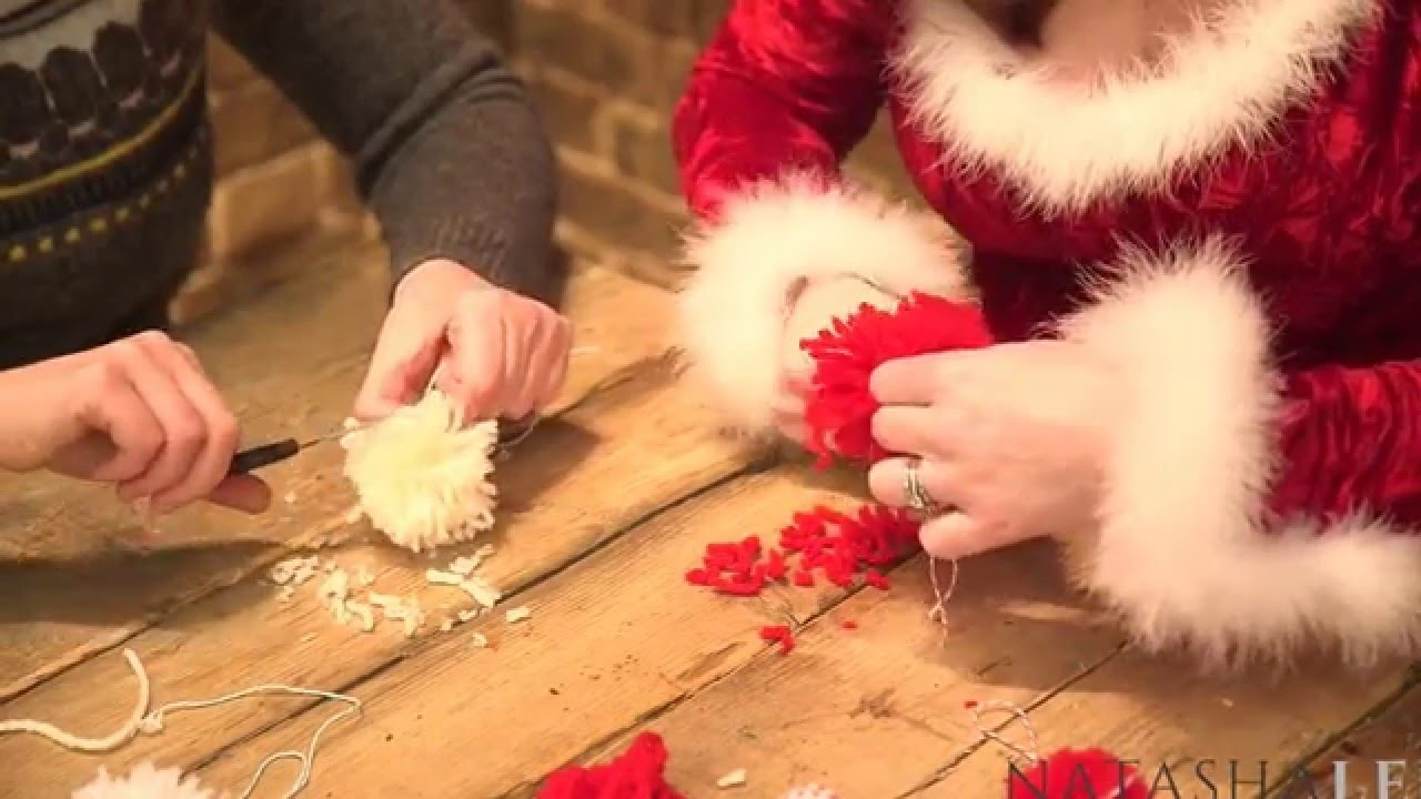 How To Make Hand PomPoms - Christmas Collaboration With Red Ted Art