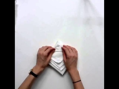 How to make a Christmas tree napkin