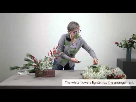 How to make an easy Ikebana Christmas Arrangement -  Part 3.3